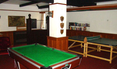 Wroxton 10 gameroom FULL