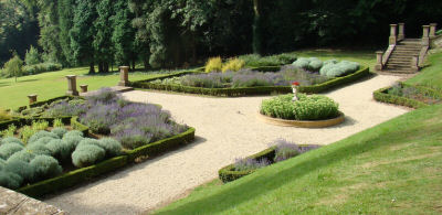 Wroxton 10 garden FULL