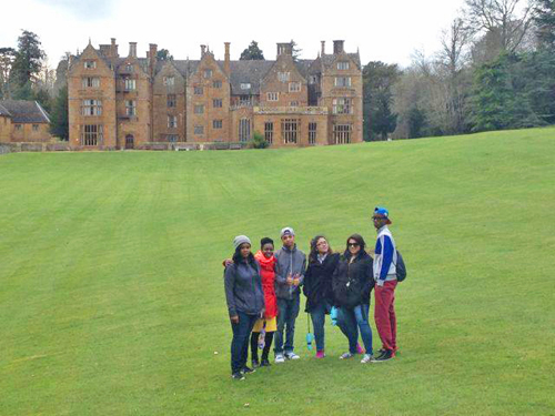 TravelingMad Wroxton lawn group
